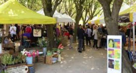 Sunday Stockbridge Market